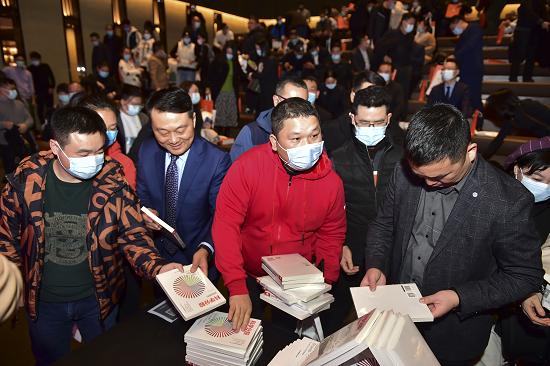 小武股权咨询新书发布,获郑州各行精英人士追捧,科学分股时代到来