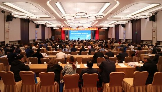 德多集团董事长赵继广当选郑州医疗器械行业协会第二届理事会副会长