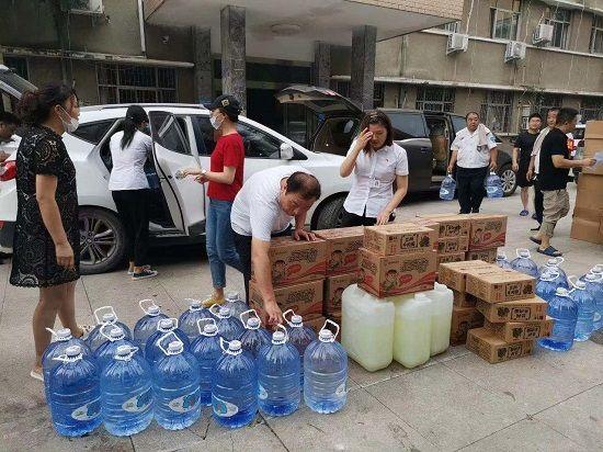 【爱心捐赠系列②】抗洪救灾 郑州市新的社会阶层人士在行动!